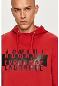 Czerwona bluza nierozpinana Armani Exchange z aplikacjami, z kapturem