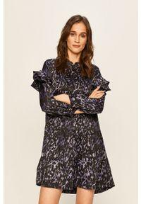 Fioletowa sukienka Vero Moda z długim rękawem, prosta, casualowa