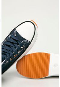Answear Lab - Trampki. Zapięcie: sznurówki. Kolor: niebieski. Materiał: guma. Obcas: na platformie. Styl: wakacyjny