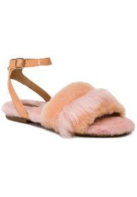 Różowe sandały Ugg na co dzień, casualowe