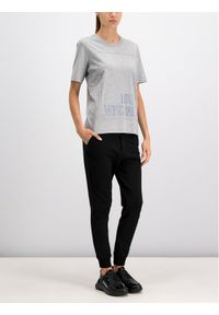 Love Moschino - LOVE MOSCHINO T-Shirt W4F151LM 3517 Szary Regular Fit. Kolor: szary