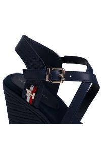 Niebieskie sandały TOMMY HILFIGER sportowe