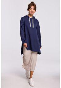 e-margeritka - Bluza długa z kapturem oversize granatowa - s/m. Typ kołnierza: kaptur. Kolor: niebieski. Materiał: elastan, dzianina, bawełna, materiał. Długość: długie