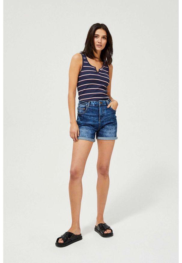 MOODO - Szorty jeansowe extra high waist. Stan: podwyższony. Materiał: jeans. Wzór: gładki