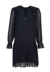 Niebieska sukienka TOP SECRET na wiosnę, rozkloszowana