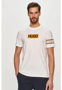 Biały t-shirt Hugo casualowy, z nadrukiem