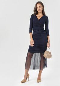 Born2be - Granatowa Sukienka Nerigale. Kolor: niebieski