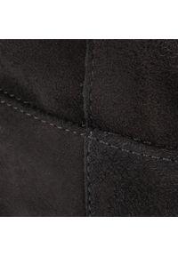 Czarne kozaki Gino Rossi na średnim obcasie, na obcasie, z cholewką przed kolano
