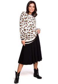 Kremowy sweter MOE