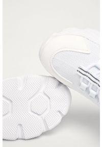 Białe buty sportowe Truffle Collection na średnim obcasie, na obcasie, z cholewką