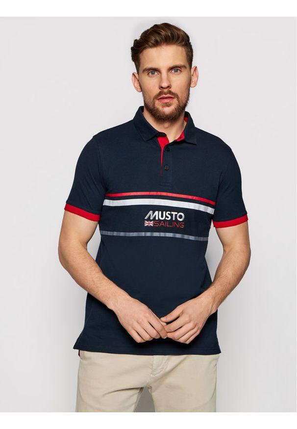 Musto Polo Amalfi 82017 Granatowy Regular Fit. Typ kołnierza: polo. Kolor: niebieski