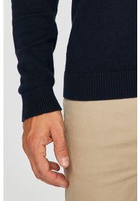 Jack & Jones - Sweter. Okazja: na co dzień. Kolor: niebieski. Materiał: dzianina. Wzór: gładki. Styl: casual