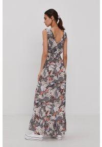 only - Only - Sukienka. Materiał: wiskoza, tkanina, dzianina, materiał. Typ sukienki: rozkloszowane