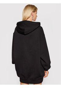 Versace Jeans Couture Sukienka dzianinowa Crystal 71HAIG03 Czarny Boxy Fit. Typ kołnierza: kołnierzyk włoski. Kolor: czarny. Materiał: dzianina