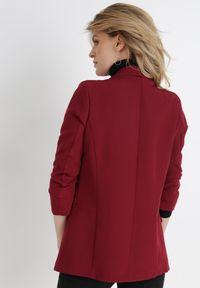 Born2be - Bordowa Marynarka Alexithise. Okazja: na co dzień. Kolor: czerwony. Materiał: jeans. Wzór: aplikacja. Styl: sportowy, klasyczny, casual #5