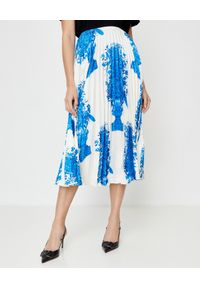 VALENTINO - Plisowana spódnica w kwiaty. Okazja: na co dzień. Kolor: biały. Wzór: kwiaty. Styl: casual