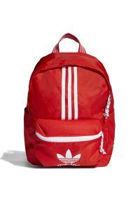Adidas - adidas Originals Adicolor Classic Backpack Small > H35547. Materiał: poliester. Wzór: aplikacja. Styl: klasyczny