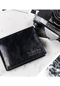 ALWAYS WILD - Portfel męski czarny Always Wild N992-VTK-BOX-4510 BL. Kolor: czarny. Materiał: skóra