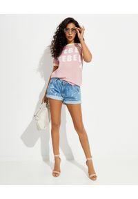ONETEASPOON - Różowy t-shirt Rebel. Kolor: wielokolorowy, fioletowy, różowy. Materiał: bawełna. Wzór: napisy, nadruk
