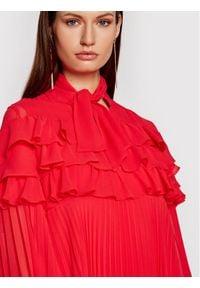 Babylon Sukienka koktajlowa N_E00724 Czerwony Regular Fit. Kolor: czerwony. Styl: wizytowy