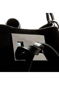 Czarna torebka worek Creole klasyczna, zamszowa