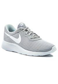 Szare buty sportowe Nike trekkingowe, z cholewką