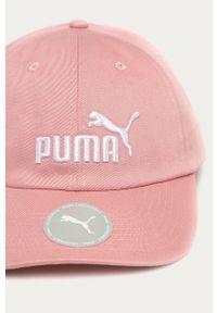 Różowa czapka z daszkiem Puma z aplikacjami