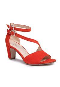 Czerwone sandały Gabor na obcasie, casualowe, na średnim obcasie