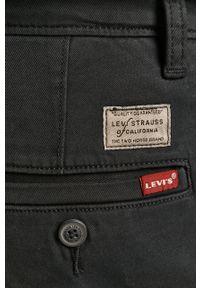Niebieskie spodnie Levi's® biznesowe, na spotkanie biznesowe