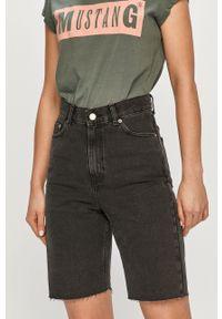 Dr. Denim - Szorty jeansowe. Okazja: na co dzień. Stan: podwyższony. Kolor: czarny. Materiał: jeans, denim. Styl: casual