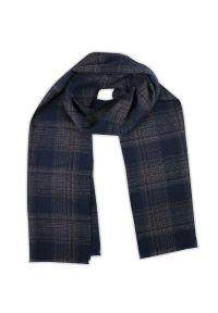 Niebieski szalik V. Fraas na zimę, w kratkę