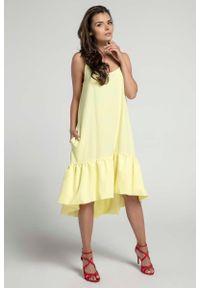 Żółta sukienka z falbanami Nommo asymetryczna, na ramiączkach