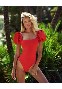 AGUA BENDITA - Czerwony jednoczęściowy strój kąpielowy Palma Oazze. Kolor: czerwony