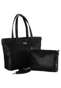 Shopper damski czarny Badura BA/B26 AS BLACK. Kolor: czarny. Wzór: gładki. Dodatki: z breloczkiem. Materiał: skórzane. Styl: klasyczny