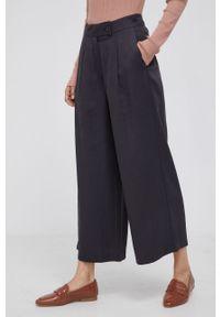 Desigual - Spodnie. Stan: podwyższony. Kolor: szary. Materiał: tkanina