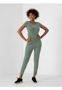 4f - Spodnie dresowe joggery damskie. Kolor: zielony. Materiał: dresówka