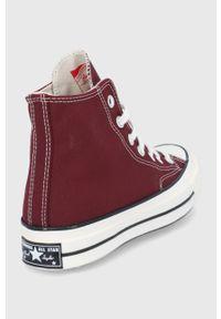 Converse - Trampki. Nosek buta: okrągły. Zapięcie: sznurówki. Kolor: czerwony. Materiał: guma