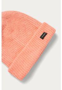 Różowa czapka Dakine