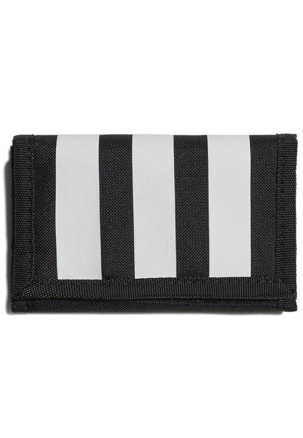 Adidas - adidas Essentials 3-Stripes Wallet > GN2037. Materiał: materiał, poliester