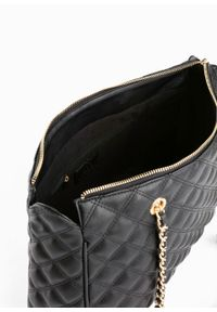 Czarna torebka bonprix pikowana, elegancka