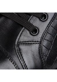Czarne sneakersy Gino Rossi na co dzień, z cholewką