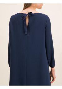 iBlues Sukienka koktajlowa 72262796 Regular Fit. Kolor: niebieski. Styl: wizytowy #2