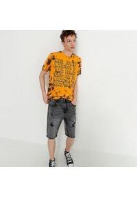 House - Jeansowe szorty z przetarciami - Szary. Kolor: szary. Materiał: jeans