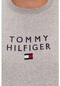 TOMMY HILFIGER - Tommy Hilfiger - Bluza. Okazja: na co dzień. Kolor: szary. Wzór: aplikacja. Styl: casual