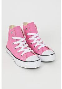 Różowe trampki Converse z cholewką, na sznurówki