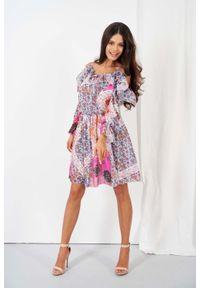 Lemoniade - Wzorzysta Sukienka z Odkrytymi Ramionami - Wzór 16. Materiał: jedwab, poliester. Typ sukienki: z odkrytymi ramionami