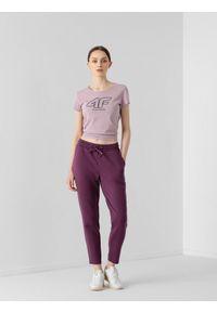 4f - Spodnie dresowe damskie. Kolor: fioletowy. Materiał: dresówka
