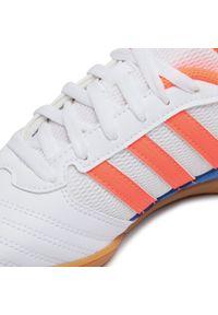 Adidas - Buty adidas - Super Sala J FV2633 Ftwwht/Sigcor/Globlu. Okazja: na uczelnię, na spacer. Kolor: biały. Materiał: skóra, materiał. Szerokość cholewki: normalna. Sport: turystyka piesza