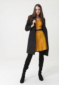 Born2be - Żółta Sukienka Olinda. Okazja: na imprezę, na randkę. Kolor: żółty. Materiał: koronka. Wzór: koronka. Typ sukienki: rozkloszowane. Styl: wizytowy. Długość: mini