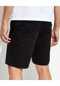 prada - PRADA - Czarne spodenki bermudy. Kolor: czarny. Materiał: materiał. Długość: do kolan